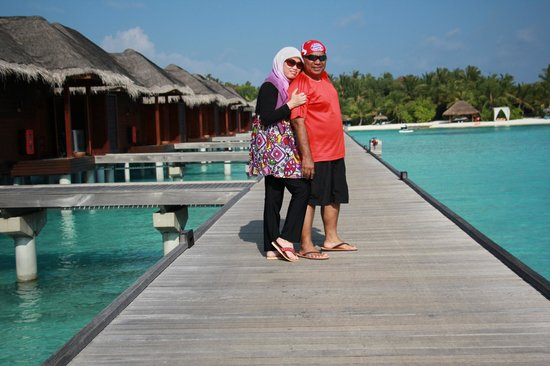 Anantara Veli Maldives Resort : walking around the beautiful resort