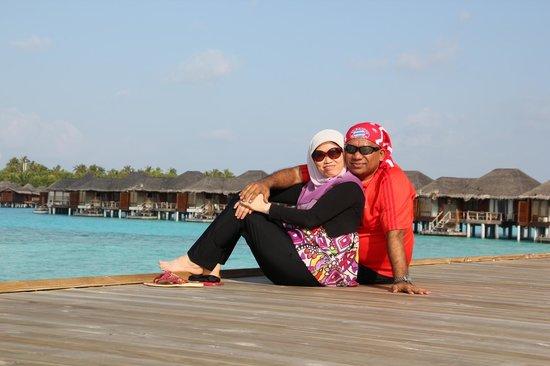 Anantara VeliMaldivesResort: enjoying the scenery ofthe resort