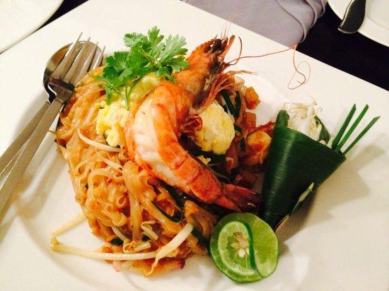 Tenface Bangkok: my favorite thai dish —pad thai!