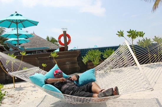 Anantara VeliMaldivesResort: enjoying the scenery of the Indian ocean