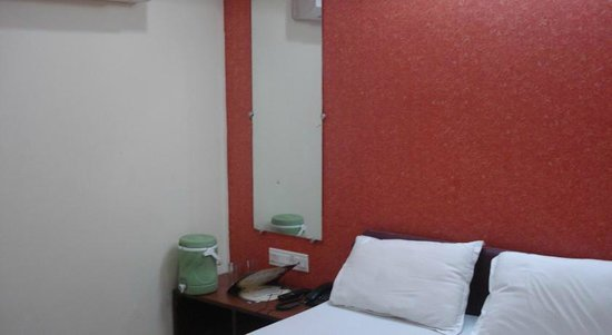 Hotel Deepak Residency