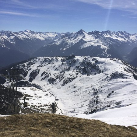 Mayrhofner Bergbahnen: Mountains