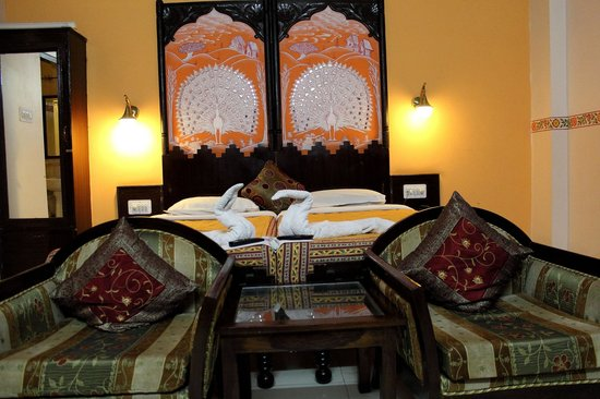 Sunder Palace Guest House: Super Diluxe Room
