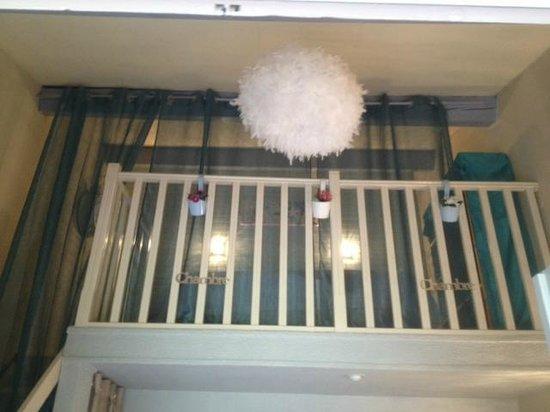 Auberge des Pins : Vue espace chambre studio