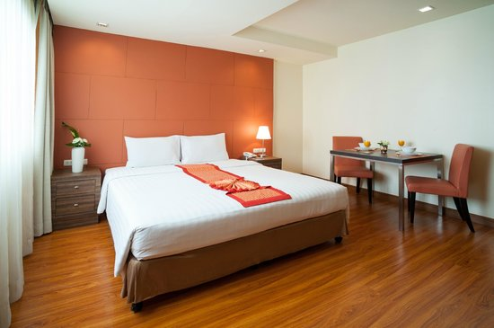 Aspen Suites Sukhumvit 2 by Compass Hospitality: Deluxe room