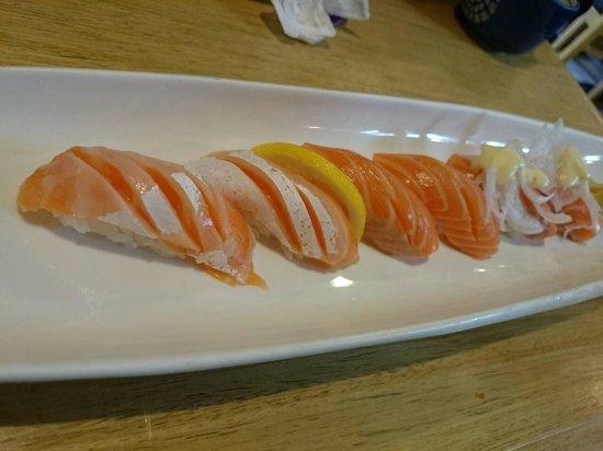 Sushi Berry: salmon