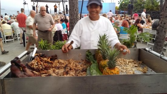 Island Breeze Luau : Traditional pig and turkey. cooked underground.