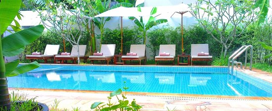Apsara Centrepole Hotel: Pool Side