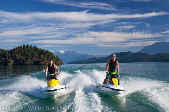 Harrison Water Sports: Harrison Lake
