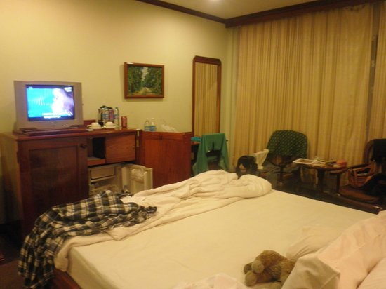 Angkor Hotel : The room