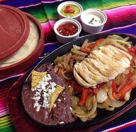 El Jalapeno: Fajita tradicional de pollo!
