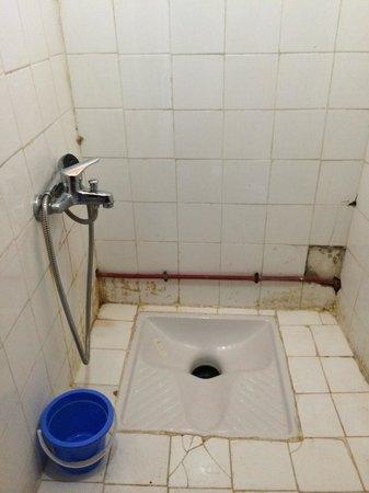 Riad Meski : Il mio bagno con doccia....