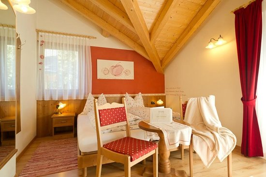 Les Gomines B&B: RED room