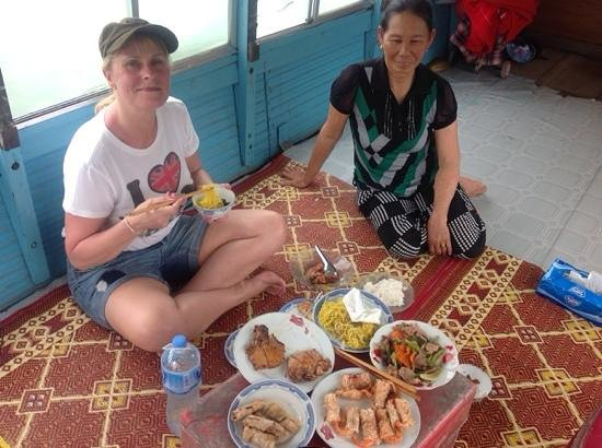 Indochine Palace: trip on the perfume river with locals
