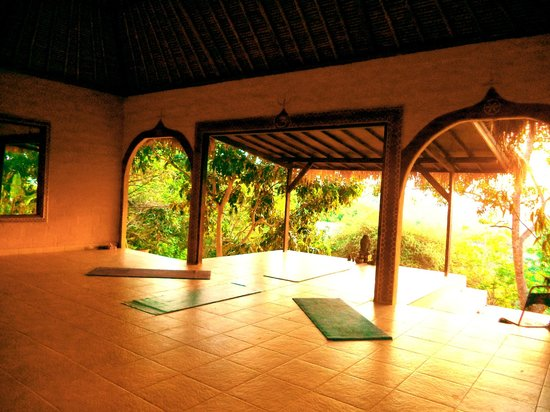 Mandala Bali Bungalow: fun yoga classes :)
