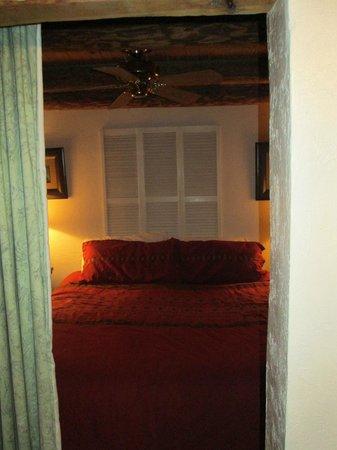 Casas de Suenos Old Town Historic Inn: The cosy  bedroom