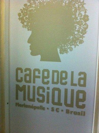 Cafe de la Musique