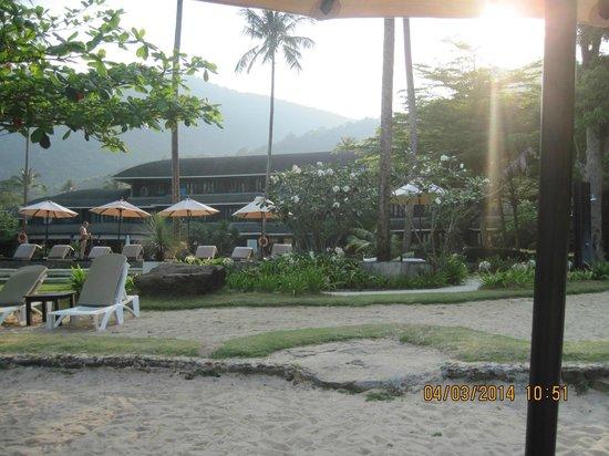 Mercure Koh Chang Hideaway Hotel: Бассейн/пляж