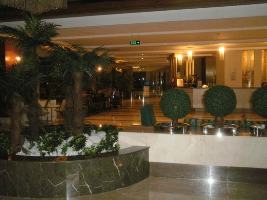 Seher Sun Palace Resort & Spa : hall d'entrée