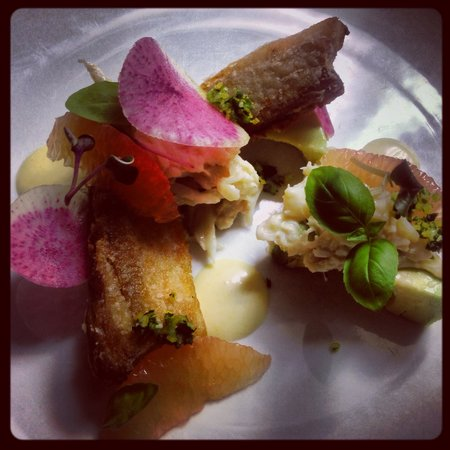 Alta Bistro : Exciting presentations, crispy pork belly & Dungeness crab