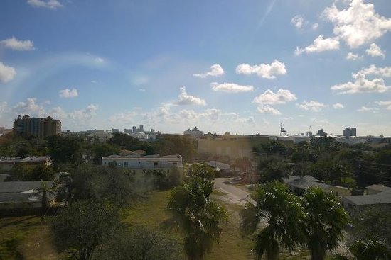 Fort Lauderdale Airport / Cruise Port Inn : コンフォート スイーツ エアポート アンド クルーズ ポート