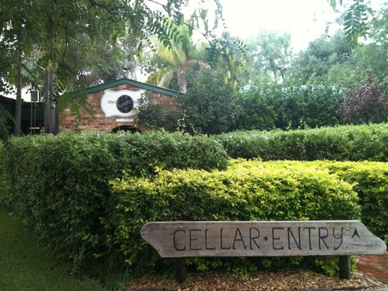Hunter Valley Wine Tasting Tours: Entrance to wine cellar