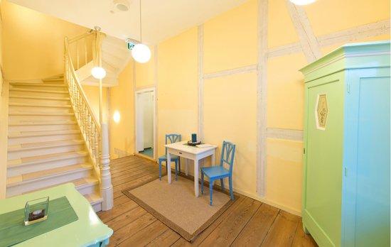 Hotel Strandvillen Bethanienruh: Flur im Haus Lug ins Meer