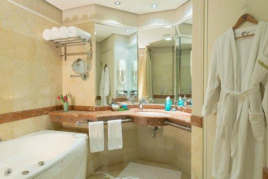 Herods Vitalis Spa Hotel Eilat: Room
