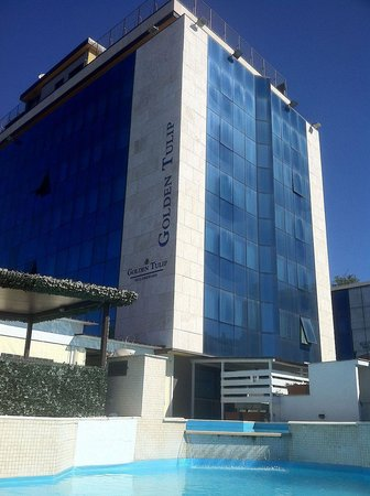 Bellambriana Hotel: Golden Tulip esterno e piscina