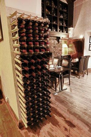 Windmill Seafood & Steakhouse: Wine Rack