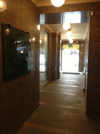 Boogie Hostel : Hallway