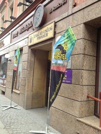 Boogie Hostel : Entrance