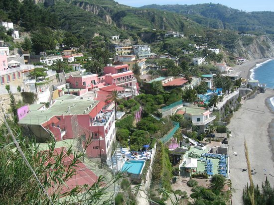 Hotel Terme Ferdinando: Vista dell'hotel