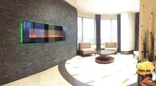 Trillium Suites - Mississauga : Lobby