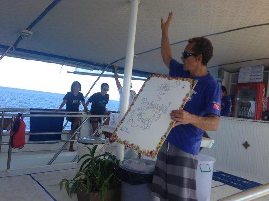 West Coast Divers: Briefing