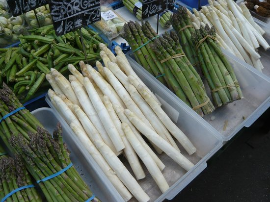 Vienna Naschmarkt : fabulous asparagus