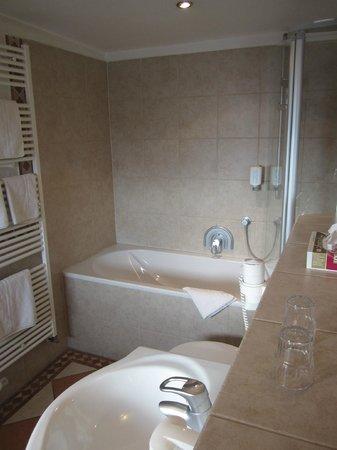 Wellnesshotel Bürgerstuben: Badezimmer