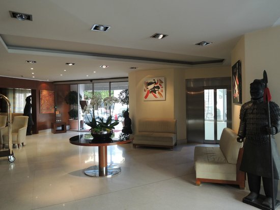 Goldstar Resort & Suites: Reception of the hotel