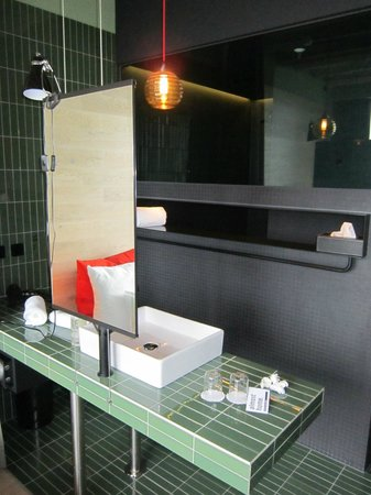 25hours Hotel Bikini Berlin: Zimmer