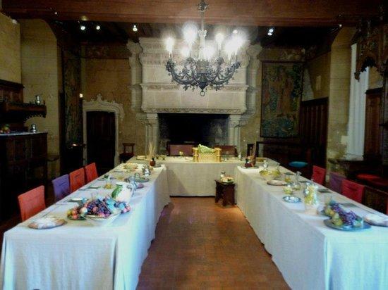 Chateau de Langeais: Dining room