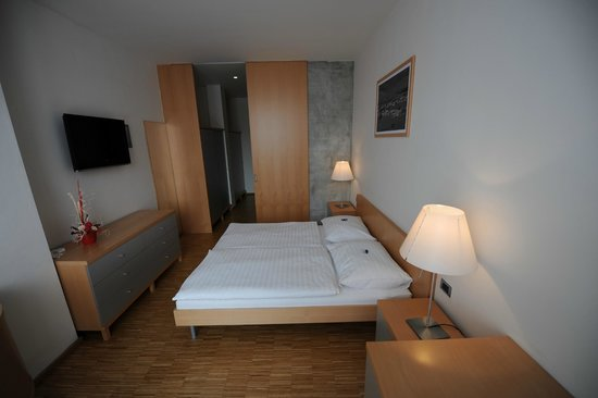Hotel Blue Orange Business Resort Prague: Room