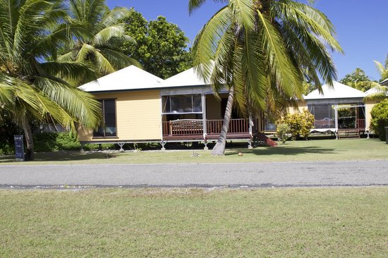 Cocos Cottages : Cottage 3 - double and twin