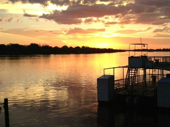 Victoria Falls Waterfront: Sunset during the dinner hour at the WaterFront Lodge