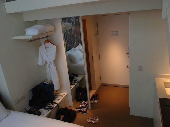 Studio M Hotel: Open concept