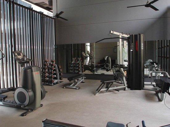 Buffet breakfast area picture of studio m hotel singapore tripadvisor - Studio m ...