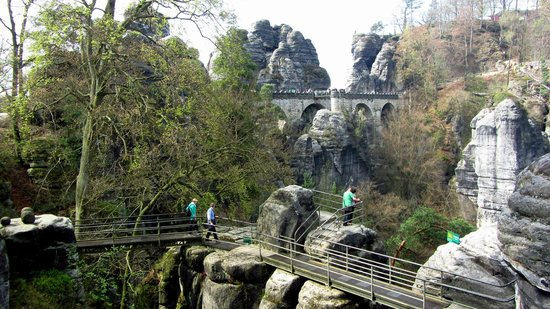 Private Prague Guide Day Tours : Bastei Bridge