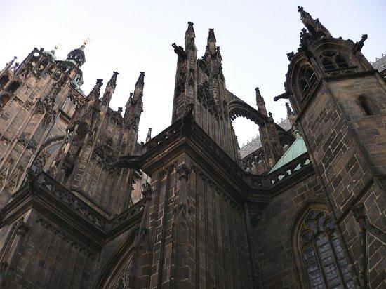 Veitsdom (Chram svatého Víta): таинственная и величественная готика