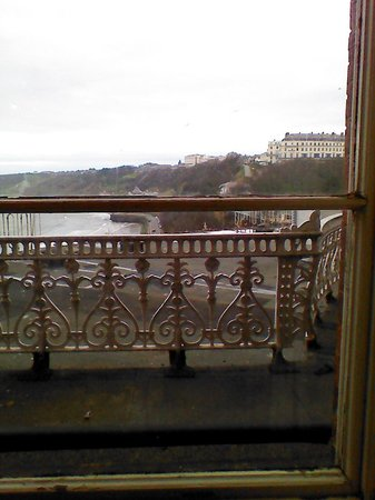 Grand Hotel Scarborough: view over the bay