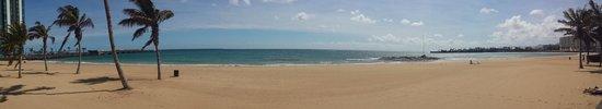 Cardona Pension : spiaggia di Arrecife