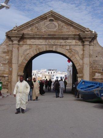 RIad Dar El Paco : Porte du port -Essaouira